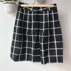 Michael Kors black and white skirt size 2